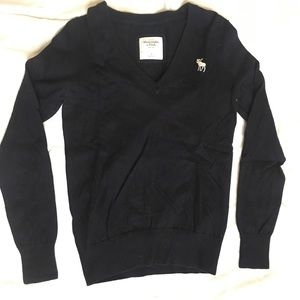 Navy Blue Abercrombie & Fitch Sweater